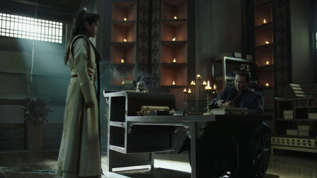 原来范闲的母亲创建了鉴查院,陈萍萍一直替她守着,现在交给范闲