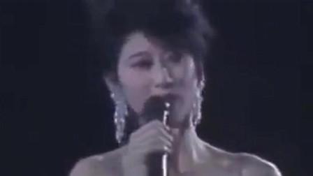 1991年叶倩文深情演唱《珍重》,重温经典歌曲,满满的回忆!