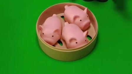 小猪包蒸好了,小猪包变成真的小猪了,巨人僵尸会放走这些小猪吗?