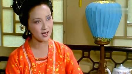 王熙凤认干女儿对比,小红伶牙俐齿,邓婕把凤姐的精明演十分透彻