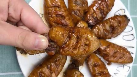 可乐鸡翅的简单做法,肉质鲜嫩味道鲜美,制作方法简单,孩子爱吃