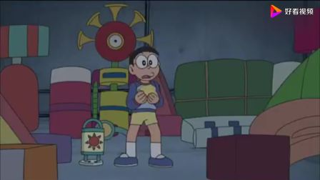 哆啦美再次变成吸血鬼,大雄发现哆啦美害怕菠萝面包,这是什么鬼