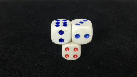 不借助任何东西,如何才能让2个骰子能站立在上面?看完后我服了