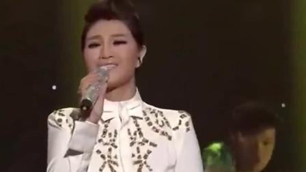 降央卓玛演唱《爱江山更爱美人》,彰显不一样的魅力,令人着迷!