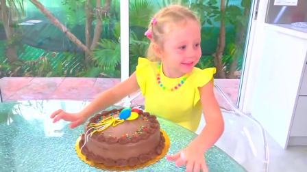 国外儿童时尚,爸爸给小萝莉做蛋糕,快来看看吧