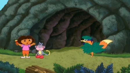 爱探险的朵拉:班尼被朵拉找到,两手捂着眼,真是好玩