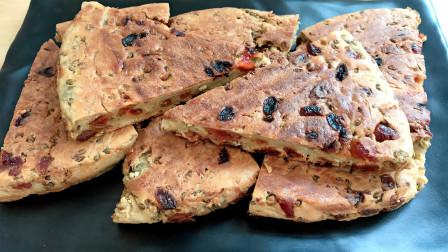 天热没胃口教你烙早餐绿豆饼,蓬松暄软酸酸甜甜的,营养又美味
