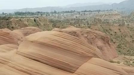 丹霞地貌-波浪谷