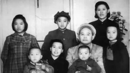 建国后,徐海东住的房子又破又旧,却拒绝用国家的钱维修