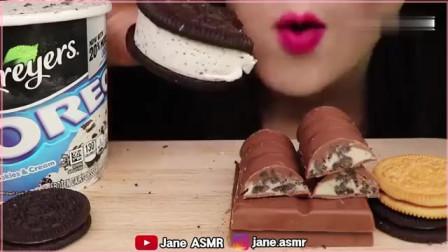 韩国女吃货,吃冰淇淋、饼干、巧克力,吃得美滋滋