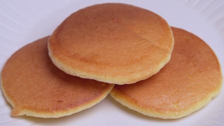 早餐别出去买了,教你在家做舒芙蕾松饼,松软香甜,孩子们超喜欢