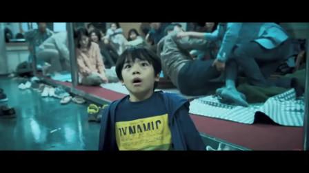 《釜山行2:半岛》席卷了亚洲第一的票房,刷新了韩国电影的纪录