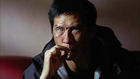 证人:张家辉以反派人物出场,这个眼睛有点吓人