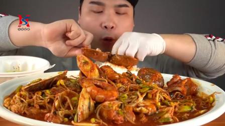 韩国吃播声控香辣鱿鱼蛤蜊大虾白米饭海鲜蒸饭,吃得是真香