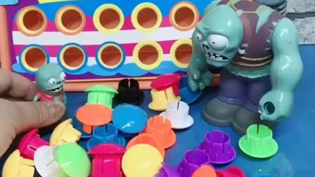 小鬼让僵尸爸爸把生日蛋糕拼起来,僵尸爸爸把佩奇抓来帮忙拼蛋糕