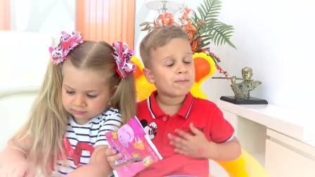 国外儿童时尚,妹妹分小猪佩奇饼干给哥哥吃,互相分享真棒
