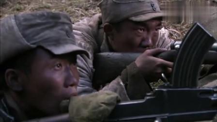二炮手:三发穿甲弹,一发就炸掉鬼子的油罐车,还是孙红雷的本事大