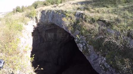 尾崎八项之地之觉醒:60米高度洞穴一跃而下,挑战定点跳伞极限