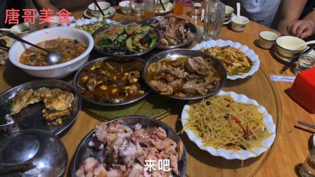 阜阳临泉吃温蒜面,干煎黑鱼,羊肚包羊脑,猪头肉喝白酒过瘾