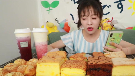 大胃王mini吃网红蛋糕,每一口香甜松软,胃口太好了