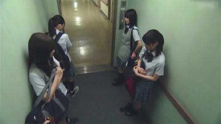 日本经典恐怖片,晚上记得不要搭医院的电梯,说不定会多出一个人