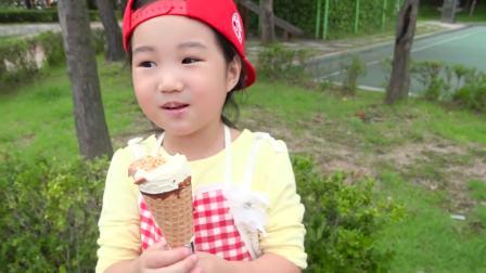 国外儿童时尚,小萝莉的冰激凌小推车,里面有卖各式各样的冰激凌