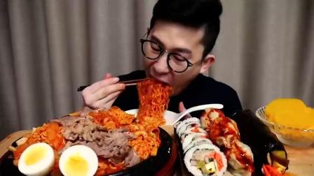 韩国吃播 美食吃货康叔  紫菜卷和拉面
