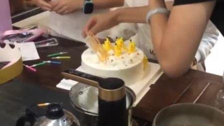 孩子们最喜欢的皮卡丘生日蛋糕