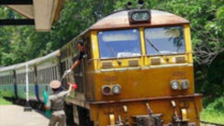 """泰国再遇""""灾难""""?一大批火车驶往中国,让印度无比羡慕"""