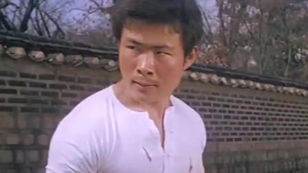 少林弟子安哥大战日本武士,拳拳到肉,腿腿入骨,精彩!