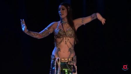 风情肚皮舞 性感展示舞者魅力
