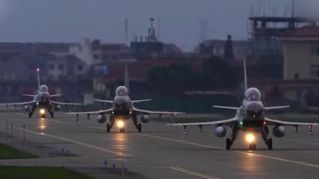 燃!实拍东部战区海军战机激烈空战:苏30、歼10出动画面紧张