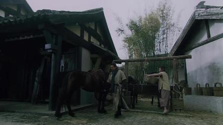 水浒传截取生辰纲正式开始,宋江第一个遭殃,直接被打晕