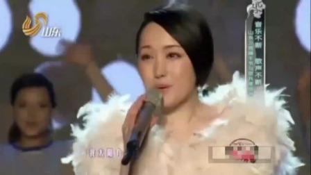 25年前杨钰莹凭借这首歌挤身一线歌手行列,登上乐坛顶峰