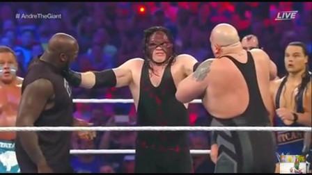 这人是谁?WWE十几个人想围殴他,结果都被扔出擂台!