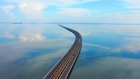 水上列车横跨南京天空之镜石臼湖 宛如漫画般美丽