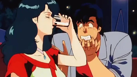 城市猎人:然而阿獠带圣子去泡吧,圣子的酒量把他吓到了,还认怂了
