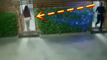 深夜女子刚走进公厕,男子就尾随而入,幸好有监控拍下全程!