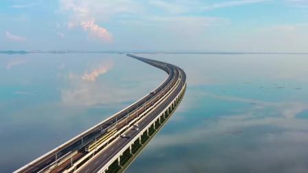 """南京的""""天空之镜""""石臼湖:碧水共长天一色"""