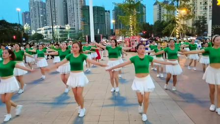 成都新都红孩儿广场舞,减肥健身操《相思渡口》编舞杨丽萍,传化广场