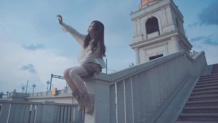 陈奕迅粤语歌《天下无双》,如此深情的女声,听得让人心动!