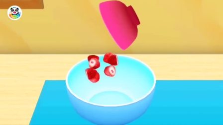 给顾客制作草莓慕斯蛋糕宝宝巴士游戏