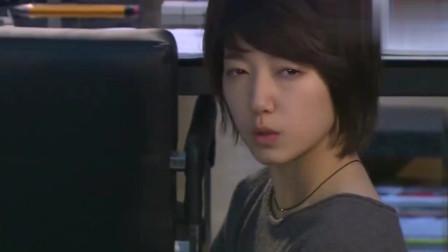 韩剧:朴信惠直接晕在张根硕怀里,张根硕的表情帅气又可爱!