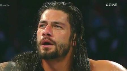 这人第一次出现在WWE,全场欢呼,罗曼都被吓到!