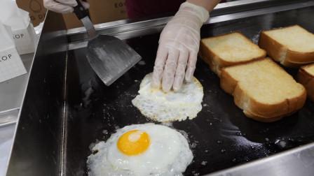 韩国的街边美食:煎蛋培根双层芝士吐司
