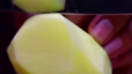 食来运转:宁夏固原家的餐桌上,土豆最为重要,是待客的重要菜品