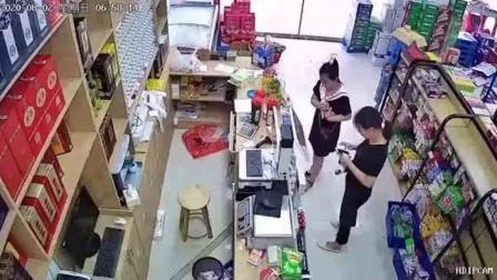 老板外出救援变无人超市 回来发现多张纸条一看监控感动了