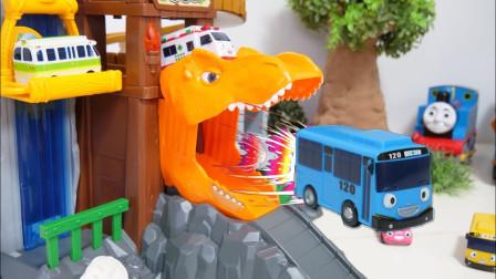 太有巴士汽车恐龙停车场玩具