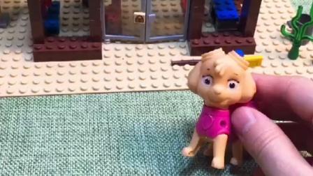 小丽在外面溜达,他准备去吃汉堡,结果发现汉堡店没开门!