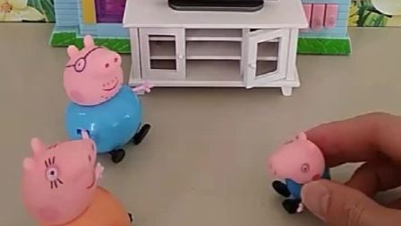乔治想要看电视,猪爸爸说写完作业就能看,结果乔治乖乖写完了还是不能看